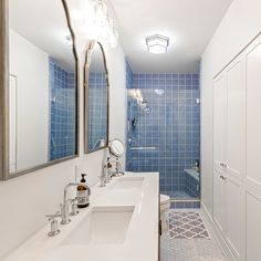 Double your space, style and storage with a double-sink vanity 😍 Hall Bathroom, Bathroom Doors, Bathrooms, Double Sink Vanity, Vanity Sink, Extra Storage Space, Storage Spaces, Bathroom Renovations, Home Renovation