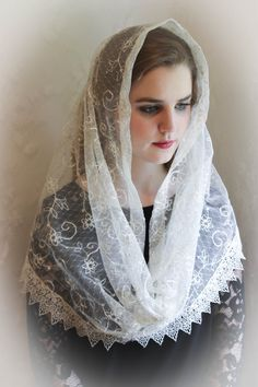 Evintage Veils~ Our Lady of Belle Fontaine ** Lace Chapel Veil Mantilla Infinity Veil