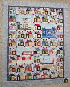 In 2012 gaan we met z'n allen een eigen huisjes quilt maken, je kunt ons volgen op dit Blog.  -  In 2012 we're all going to work on a house quilt, you can follow us at this Blog.
