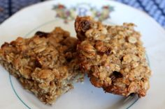 Yummy 4 Ingredient Banana Oat Bars