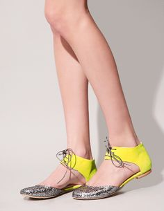 Glitter yellow Lace-up Ballerina