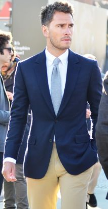 Grooms suit ONLY W/ WHITE OR LIGHT PINK TIE