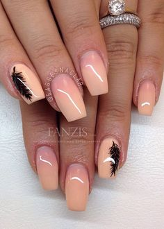 Peach nails ombre with black feathers Peach Nails, Pink Nails, Fancy Nails, Pretty Nails, Coral Nails With Design, Ambre Nails, Nails Opi, Feather Nail Art, Nail Tattoo