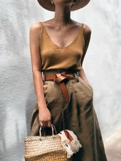 43 Ideas For Vintage Women Clothes Summer Outfits Women's Neutral Outfits, Casual Outfits, Looks Street Style, Looks Style, Cute Vacation Outfits, Summer Outfits, Summer Clothes, Vacation Fashion, Mode Outfits
