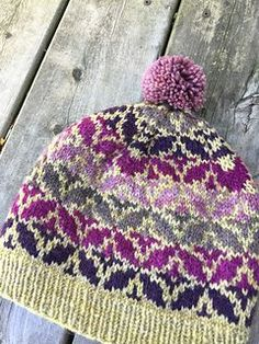 Ravelry: Project Gallery for Brenta Hat pattern by Alexis Winslow Fair Isle Knitting, Hand Knitting, Knit Or Crochet, Crochet Hats, Knitting Patterns, Crochet Patterns, Knitting Accessories, Bandeau, Yarn Crafts