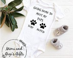 Fun and funky custom gifts for all ages by MimiandGigiGifts Baby Shower Mum, Baby Shower Gifts, Going Home Outfit, Customized Gifts, Custom Gifts, Long Sleeve Bodysuit, Baby Bodysuit, Pup, Onesies