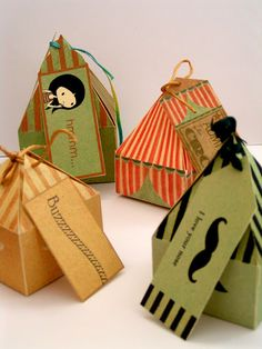 Super duper cute gift boxes from etsy shop called The Inklings of Tess