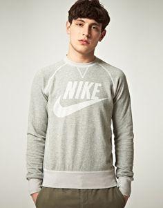 I want this Nike Vintage Logo Crew Neck Sweatshirt!