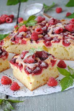 Malinowy  jogurtowiec Cake Recipes, Dessert Recipes, Dessert Ideas, Breakfast Menu, Polish Recipes, Food Cakes, Yummy Cakes, No Bake Cake, Cheesecake