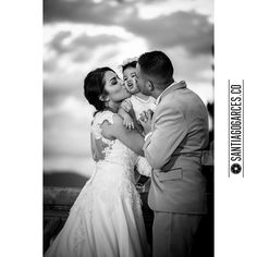 Diegoalzate.com � + � Santiagogarces.co @Santiagogarces.co � #fotografía #social #groom #weddings #lovestory #justmarried #love #weddingideas LUMINOTECNIA @angela__posada #amor #love #fotosmatrimonio #matrimonio #santiagogarces.co #colombia #Fotografo #strobist #portrait #museoelcastillo