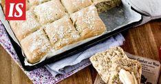 Herkullinen peltileipä on hyvä ratkaisu, kun leipää tarvitaan kerralla isompi satsi.