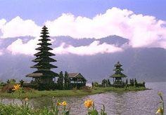 Objek Wisata di Bali yang banyak dikunjungi wisatawan sampai saat ini.