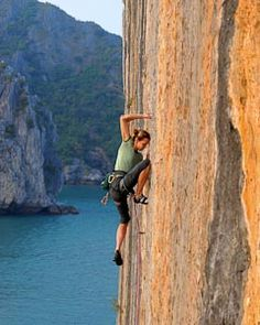 Rock climbing in Catba and Lan Ha bay | Travel guide | Cat Ba Monkey Island Resort