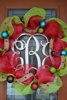 Deco Mesh and Burlap Wreath via Southern Vintage Color