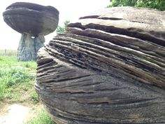 "Matthew Kirk on Twitter: ""Beautiful cross beds in sandstone at Mushroom Rocks State Park #kansas #geology"""