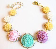 resin flower kolye, necklace