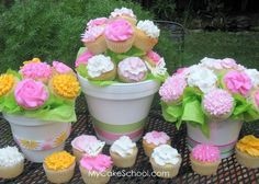 Flower Cupcakes make a pretty bouquet for party