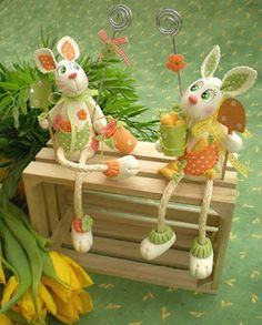 air dry clay, self-hardening clay, tutorials, how to, craft Clay Crafts, Diy And Crafts, Diy Ostern, Paperclay, Clay Figures, Cake Decorating Tutorials, Air Dry Clay, Cold Porcelain, Clay Creations