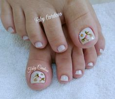 ideas pedicure decorado pies cute toes for 2019 Beach Pedicure, Pedicure Colors, Pedicure Designs, Toe Nail Designs, Manicure And Pedicure, Feet Nails, My Nails, Feet Nail Design, Feather Nail Art