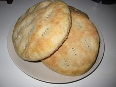 marokkolainen leipä Bread Board, Bread Baking, Starters, Bread Recipes, Food And Drink, Dairy, Cheese, Cooking, Breads