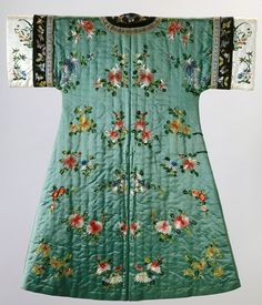 """Qing Dynasty, """"Woman's Semi-Formal Domestic Winter Coat,"""" about 1900-1904, Indianapolis Museum of Art, Gift of Mrs. Eric J. Wadleigh, 72.153"""