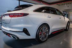 Der neue KIA ProCeed Shootingbrake vom Autozentrum P&A in Heiligenhaus. Die perfekte Mischung aus Coupé und Limousine.  KIA ProCeed 1.4 T-GDI, Gesamtverbrauch (l/100km): innerorts: 7,1;  außerorts: 4,9;  kombiniert: 5,7; CO2-Emissionen kombiniert: 155,0g/km.  CO2-Effizienzklasse: C Co2 Emission, Shooting Brake, Limousine, Bmw, Vehicles, Autos, Vehicle, Tools