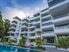 2 Bedroom Contemporary Condominium for Sale in Surin Beach. The elegant two bedroom apartments sleep up to four adults and are sized 158 sqm. The master bedroom is a highlight featuring an en-suite bathroom and direct access to the balcony with sun loungers to lie back and appreciate the views.