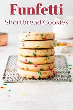 Funfetti Shortbread Cookies – A fun spin on classic shortbread cookies made with sprinkles! These cookies so tasty and easy to make! Shortbread Cookies | Funfetti Cookies | Cookie Recipe #cookies Holiday Cookie Recipes, Best Cookie Recipes, Best Dessert Recipes, Delicious Desserts, Homemade Cookies, Sugar Cookies Recipe, No Bake Cookies, Yummy Cookies, Easy Snacks