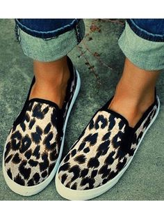 835797b56811 Women s Casual Slip-on Shoes Leopard-print Loafers