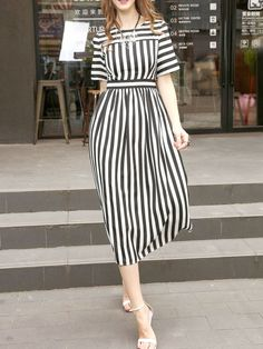 To find out about the White And Black Striped A-Line Dress at SHEIN, part of our latest Day Dresses ready to shop online today! White Maxi Dresses, Women's Dresses, Dress Outfits, Casual Dresses, Fashion Dresses, Casual Shoes, Hijab Stile, Casual Frocks, Frack