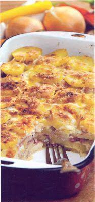 Reţetă culinară: Musaca de cartofi cu carne. Good Meals To Cook, Romanian Food, Potato Dishes, Quiche, Macaroni And Cheese, Good Food, Food And Drink, Potatoes, Cooking