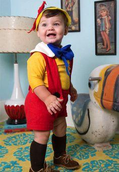 Aujourd'hui, je vous propose de découvrir quelques idées de costumes pour petits et grands enfants faciles et rapides à faire soi-même parce qu'il ne reste vraiment pas beaucoup de temp…