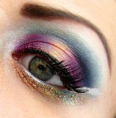 Prettyjewel-toned eye makeup by Natalia U.!