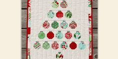 Make Up This Little Wall Quilt in Your Favorite Holiday Colors! Simple pieced…