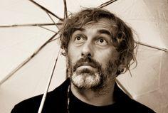 Yann Tiersen, umbrella