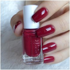 essie #934 With the band