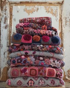 Our new Autumn/Winter Sophie Digard collection has just arrived! Beautiful wool scarves hand crocheted in Madagascar in pinks or… Manta Crochet, Crochet Art, Crochet Shawl, Crochet Flowers, Crochet Stitches, Crochet Square Blanket, Crochet Blanket Patterns, Knitting Patterns, Yarn Projects