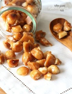 Toffee Glazed Macadamia nuts- so easy and so yummy! Candy Recipes, Sweet Recipes, Holiday Recipes, Snack Recipes, Dessert Recipes, Cooking Recipes, Macadamia Nut Recipes, Macadamia Nut Cookies, Shortbread Cookies