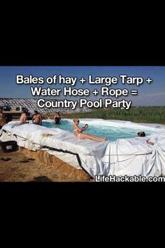 Hay bales to make a swimming pool! DIY Swimming Pool: Cool and Fun Piscina Diy, Piscina Pallet, Redneck Pool, Redneck Party, Hillbilly Party, Redneck Games, Diy Swimming Pool, Diy Pool, Oregon Swimming