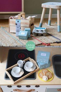 Kinderküche Zubehör. Kaufladen Zubehör. Kinderküche DIY Zubehör basteln.  Kaufladen DIY Zubehör basteln. Ein Bastelset mit 13 tollen Vorlagen für  Kinderküchen und Kaufladen Zubehör. Alles zum selber ausdrucken,  ausschneiden und basteln mit Kindern. www.limmaland.com #kinderkueche  #kaufladen #diy #ikeahacks #bastelnmitkindern #limmaland Ikea Hacks, Play Food, Food Ideas, Awesome Toys, Cut Work, Templates