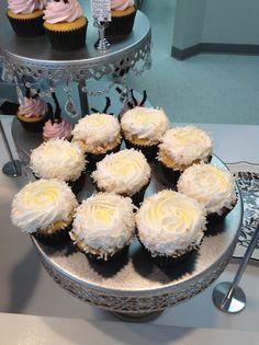 White velvet with lemon