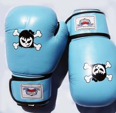 Turquoise boxing glove for women