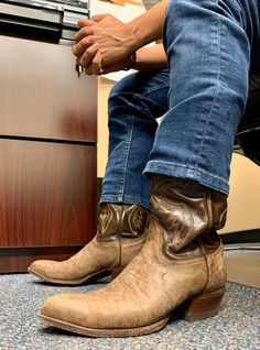 Tall Boots, Shoe Boots, Shoes, Men's Boots, Fashion Boots, Mens Fashion, Cowboys Men, Cowboy Boots, Cowboy Western