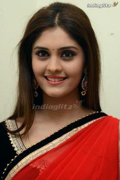 Surabhi Bollywood Actress Hot Photos, Indian Bollywood Actress, Bollywood Girls, Tamil Actress Photos, South Indian Actress, Indian Actresses, Beauty Full Girl, Cute Beauty, Beauty Women