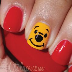 Dessin ongles Winnie the pooh. Adorable Winnie the Pooh nails. Nail Art Designs, Disney Nail Designs, Cute Nails, Pretty Nails, Simple Disney Nails, Hair And Nails, My Nails, Nail Art Vernis, Disney Inspired Nails