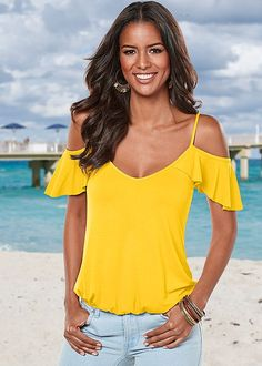 RUFFLE COLD SHOULDER TOP