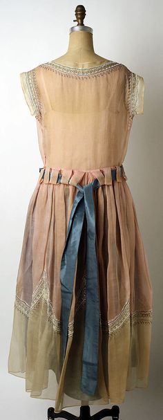 Dress (Robe de Style)  House of Lanvin  (French, founded 1889)    Designer:      Jeanne Lanvin (French, 1867–1946)  Date:      1922
