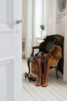Victorian-chair-in-white-decor ... But these boots ... Oh, the boots!!!