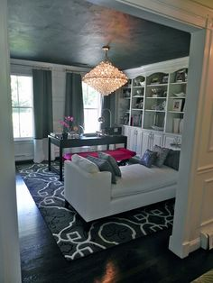 Stunning Home Office!! Pop Of Pink Truly Does It For This Room