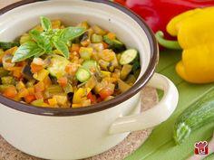 Il ragù alle verdure è un condimento fresco e colorato, perfetto per l'estate che avanza! Ecco come prepararlo passo per passo.